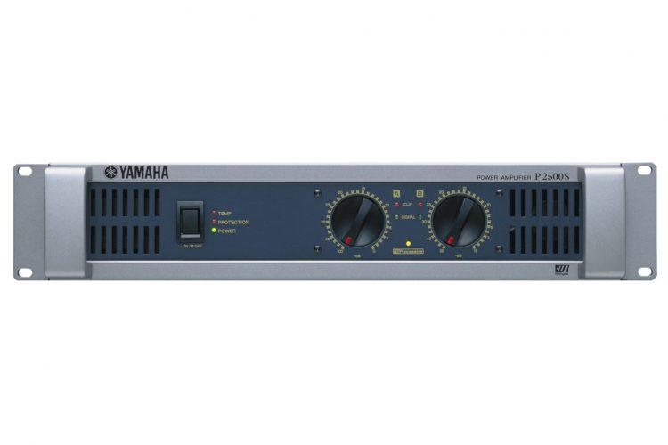 Yamaha P2500S - Front